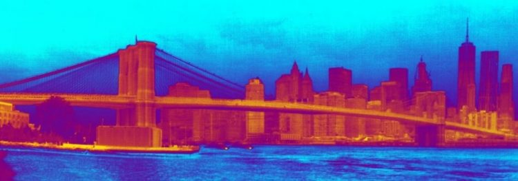 Brooklyn Bridge in thermal vision